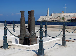 Photo: Harbour entrance overlooking the fort El Moro.