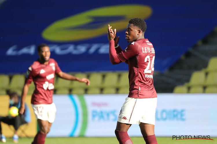 🎥 Leya Iseka offre la victoire à Metz du côté de Lyon
