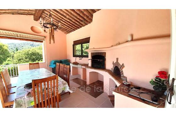 Vente villa 10 pièces 343,16 m2