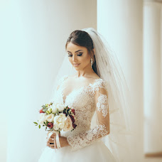 Wedding photographer Elena Metelica (ELENANDROMA). Photo of 27.07.2018