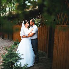 Wedding photographer Vikulya Yurchikova (vikkiyurchikova). Photo of 17.10.2016