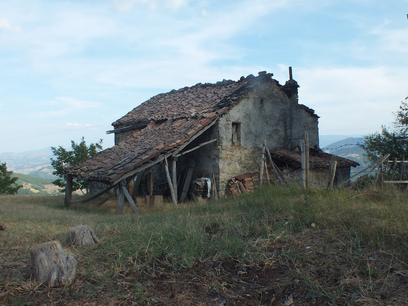 Chissà chi viveva qui ... di Giò Volpi
