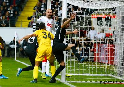 🎥 Bundesliga : Le capitaine de Francfort expulsé après avoir mis l'entraineur adverse au sol