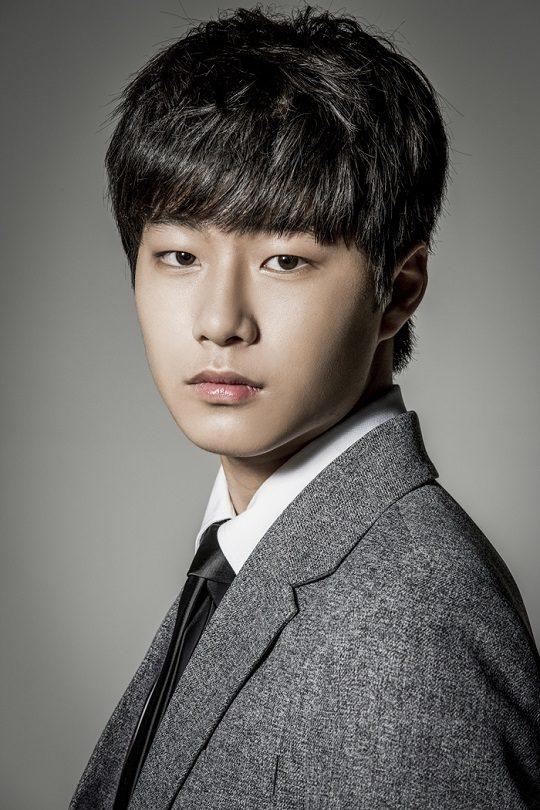 4-Shin_Ki-Joon-p1
