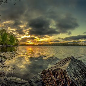 Dover NH by Michael Otero - Landscapes Sunsets & Sunrises ( lakehouse, details, fire colors, sunset, house, seriously )