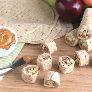 Apple Pie Cheesecake No-Bake Pinwheel Snacks