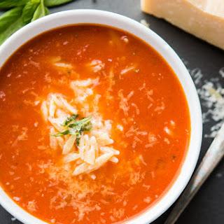 Zupas Copycat Tomato Basil Orzo Soup.