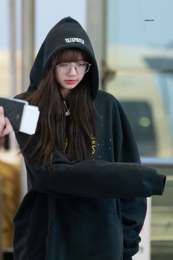 lisa glasses 51