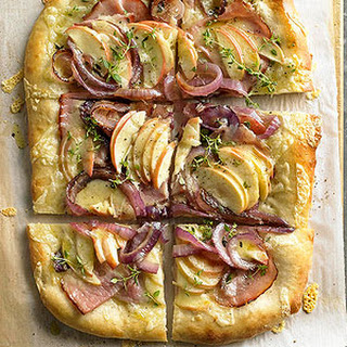 Caramelized Onion and Apple Tart