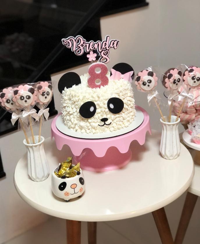 bolo de aniversário e doces decorados tema panda rosa