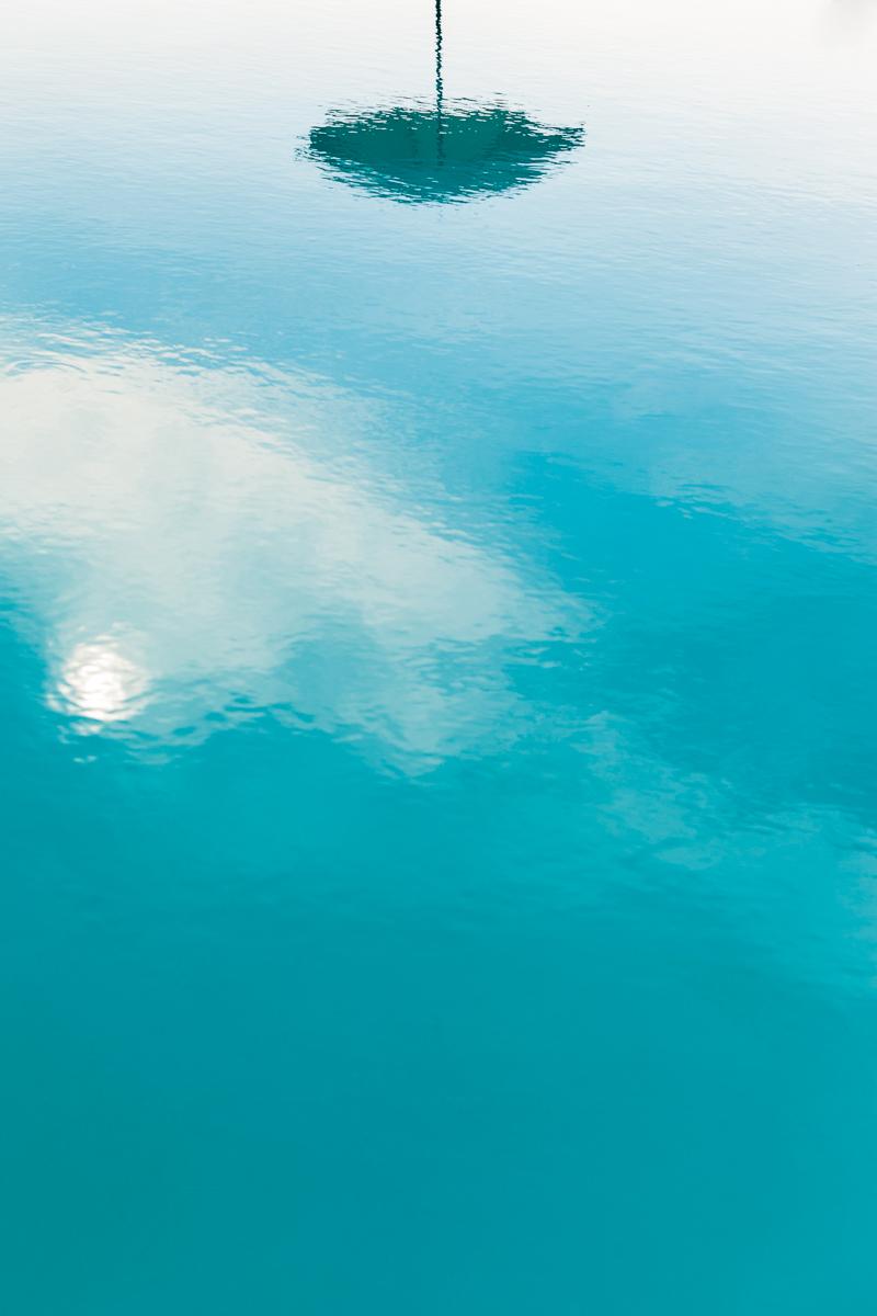 Riflessi in piscina di Dario Lo Presti