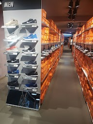 Nike Factory Outlet photo 2