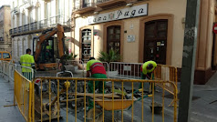 Obras de cambio de adoquinado en calle Jovellanos