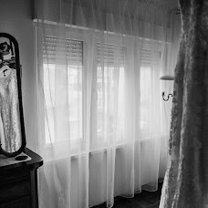 Wedding photographer Petia Emilova (smailka). Photo of 21.07.2018