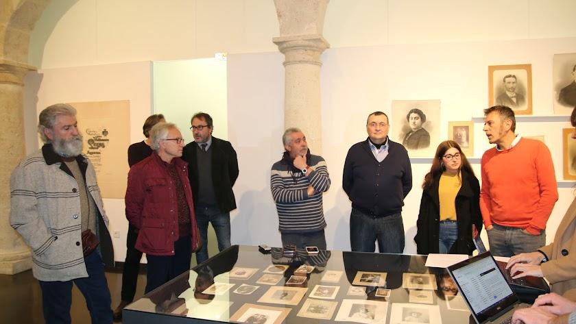Presentación de las nuevas exposiciones del CAF, ayer en la Sala Imagina.