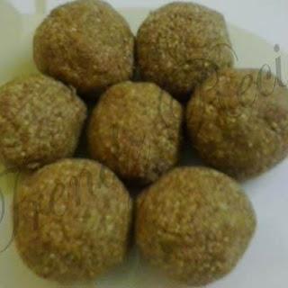 Til Ke Ladoo Recipe | Nuvvula Unda | Sesame Seeds Laddu