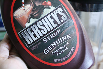 Photo: 1/4 cup of chocolate syrup