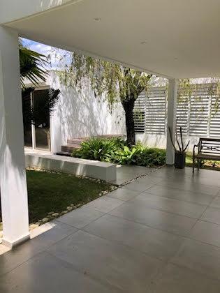 Vente maison 6 pièces 375 m2