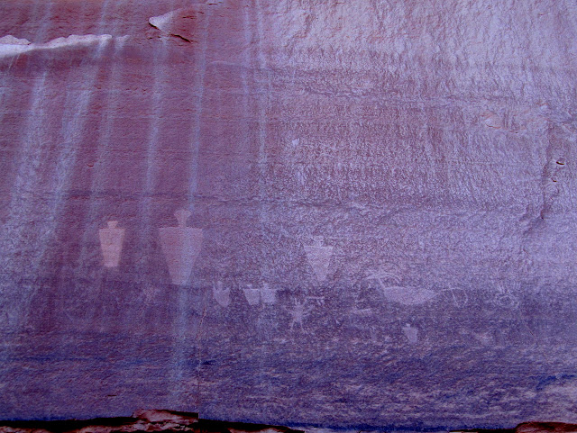 Petroglyph panel in Pictograph Fork