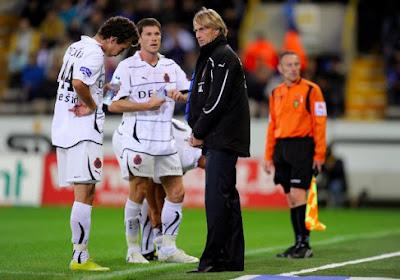 """Ex-Brugge-coach krijgt steun van Cruijff: """"Hier is geen beginnen aan"""""""