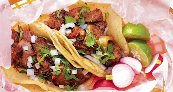 Carnitas Tacos – Slow Cooker Recipe