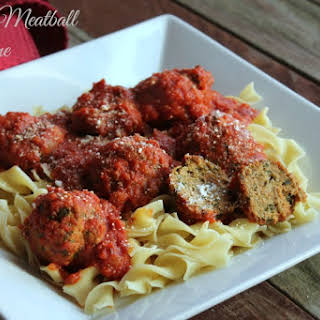 Slow Cooker Turkey Meatball Florentine #noyolksonly.