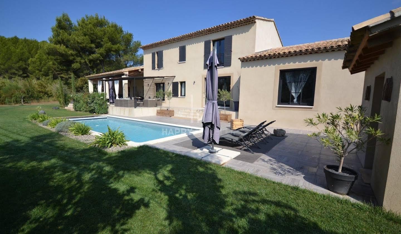 Maison avec piscine Paradou