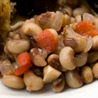 Simmered Black-Eyed Peas with Tomatoes