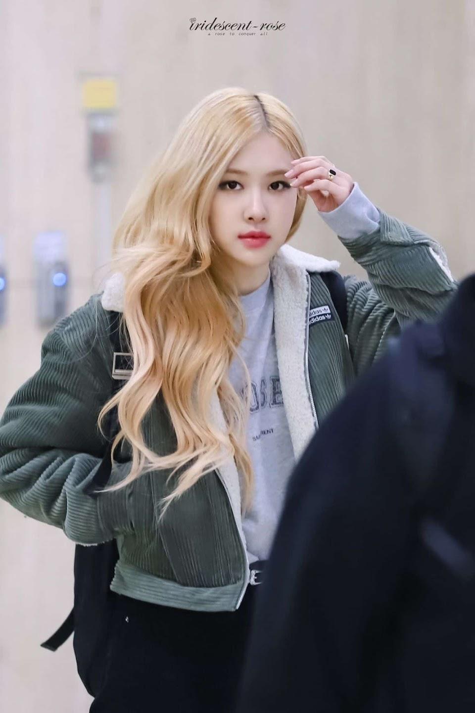 Blonde-hair-Rose-2