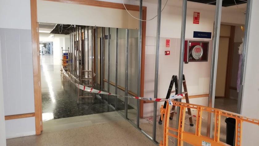 Obras en una de las plantas del hospital.