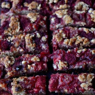 Strawberry Cobbler Granola Bars