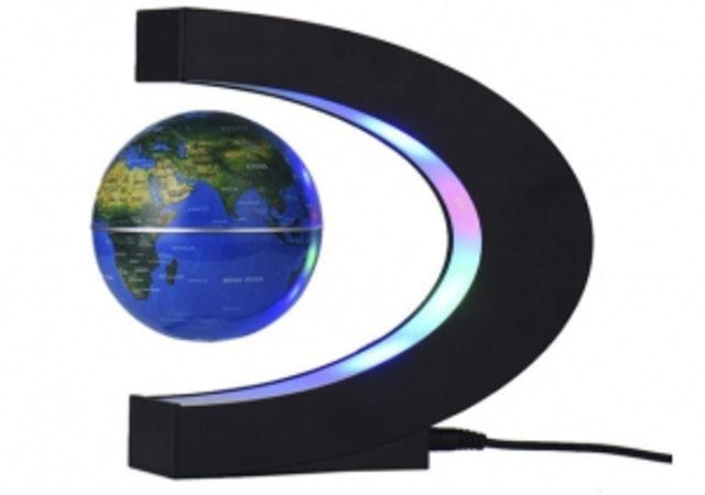 4. ลูกโลกแม่เหล็กมีไฟ LED