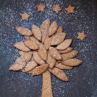 Norwegian Gingerbread Tree.