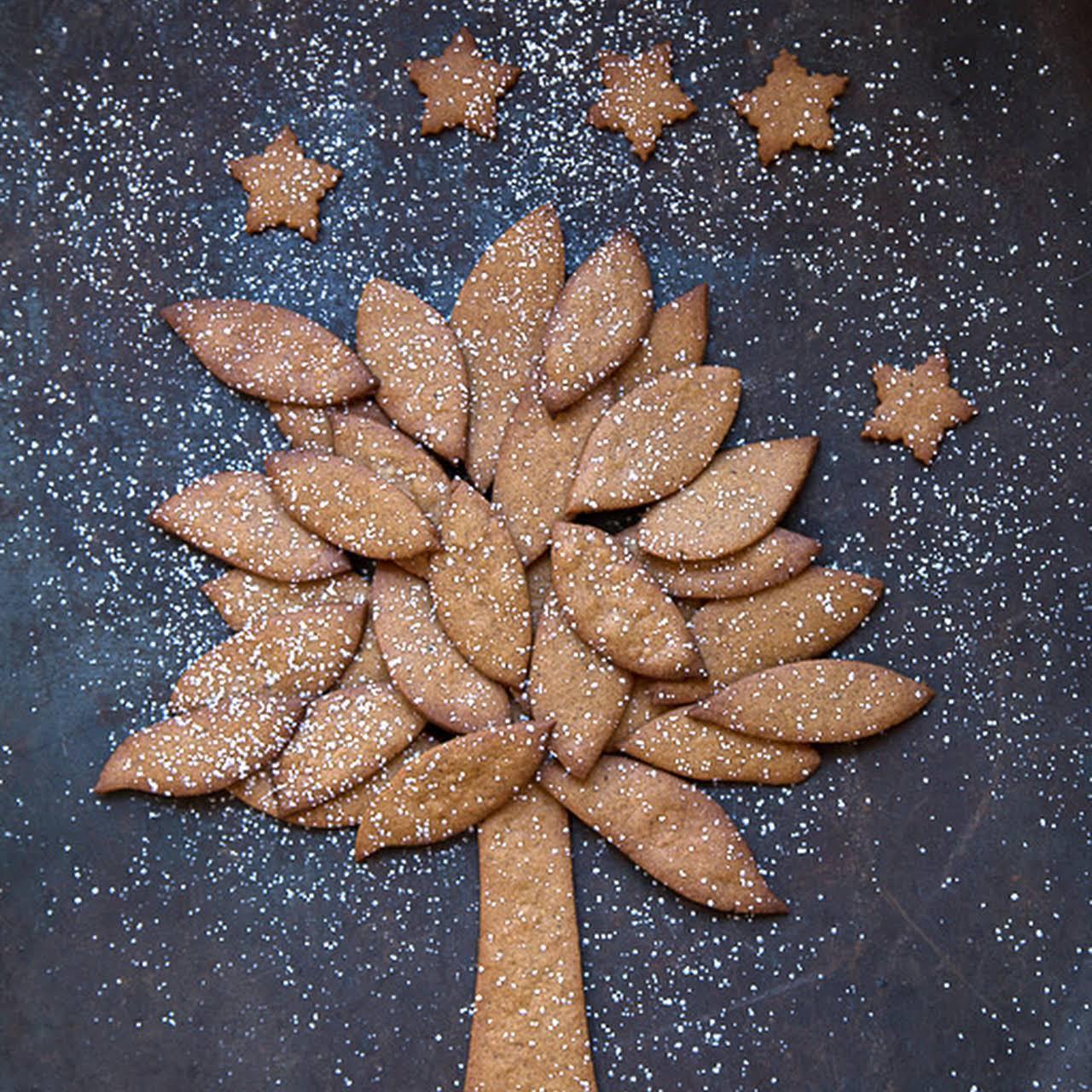 Norwegian Gingerbread Tree