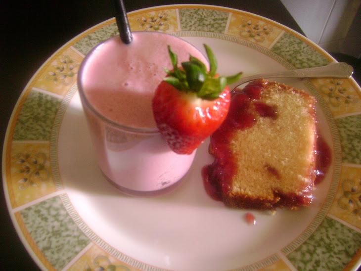 Strawberry Cake with Strawberry Jam Recipe