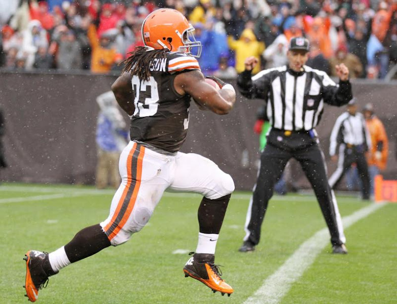 Photo: Trent Richardson scores the only touchdown of the game Sunday against the Chargers. (John Kuntz, The Plain Dealer)