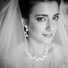 Wedding photographer Nikolay Valyaev (nikvval). Photo of 29.04.2014
