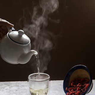GOJI BERRY TEA (3 cups).
