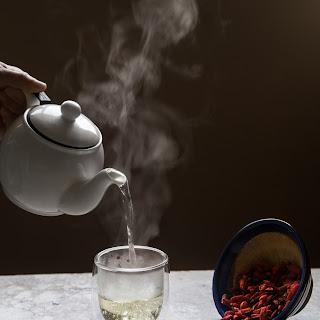 GOJI BERRY TEA (3 cups).