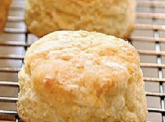 Flakey Buttermilk Biscuits Recipe