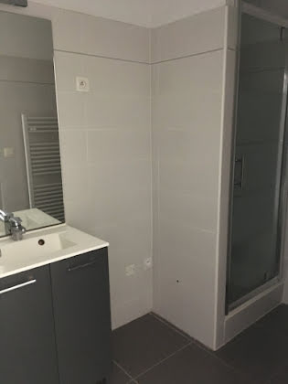 Location appartement 2 pièces 54,17 m2