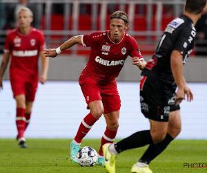 """Ondanks nederlaag maakte nieuwkomer meteen indruk bij zijn debuut voor Antwerp: """"Als die ene bal binnengaat, ontploft het stadion"""""""