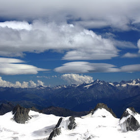 static clouds by Simona Hatieganu - Landscapes Mountains & Hills ( clouds )