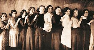 Equipo de baloncesto femenino del Almería de Nebraska en 1915.