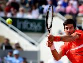 Kamp Djokovic en kamp Dimitrov wijzen naar mekaar voor coronaklucht