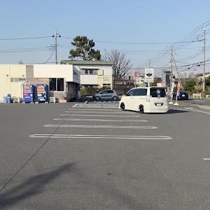 ノア AZR60Gのカスタム事例画像 ガッツ/六零護遊会さんの2021年03月15日16:28の投稿