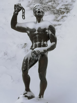 Il nudo di... Gennaio, Euno lo schiavo ribelle.  di Massimo BrugognonePhotography
