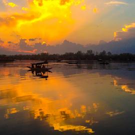 Dal lake,Srinagar,Kashmir,India  by Amrita Bhattacharyya - Instagram & Mobile iPhone (  )