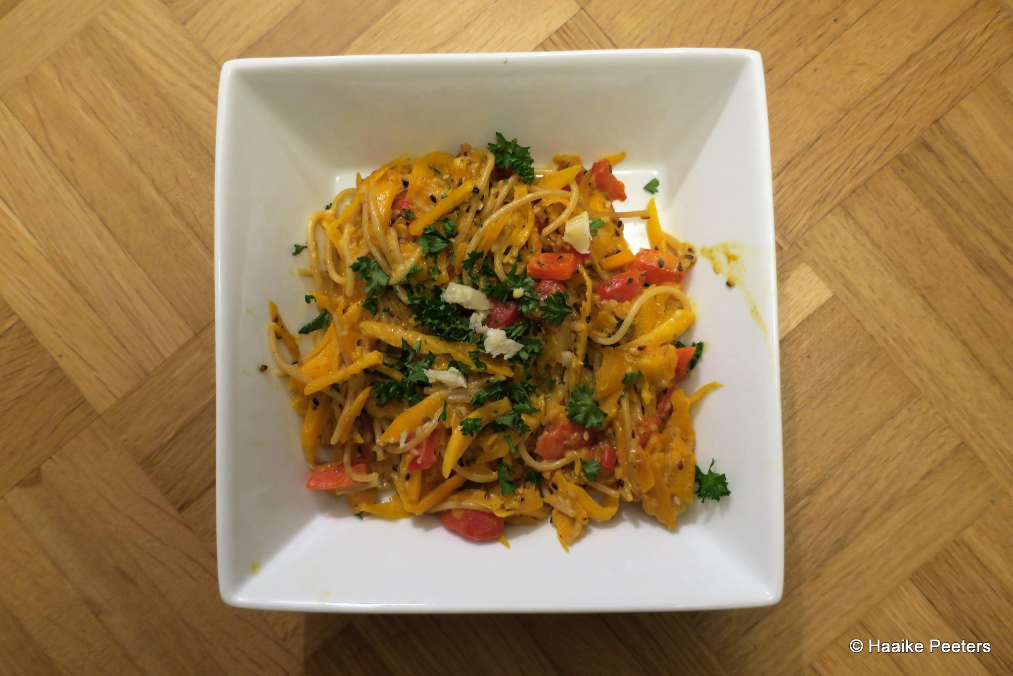 Spaghetti met pompoen en sesamzaad (Le petit requin)