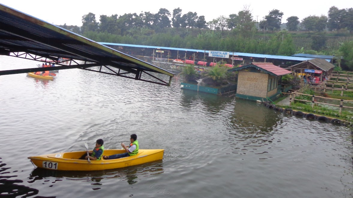 Kano di Floating Market Lembang
